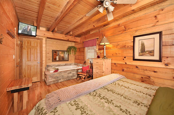 Bear foot woods 2 bedroom cabin with a movie theater for 4 bedroom log cabin kits for sale