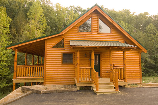 Enchanted 2 Bedroom Luxury Cabin In Pigeon Forge With